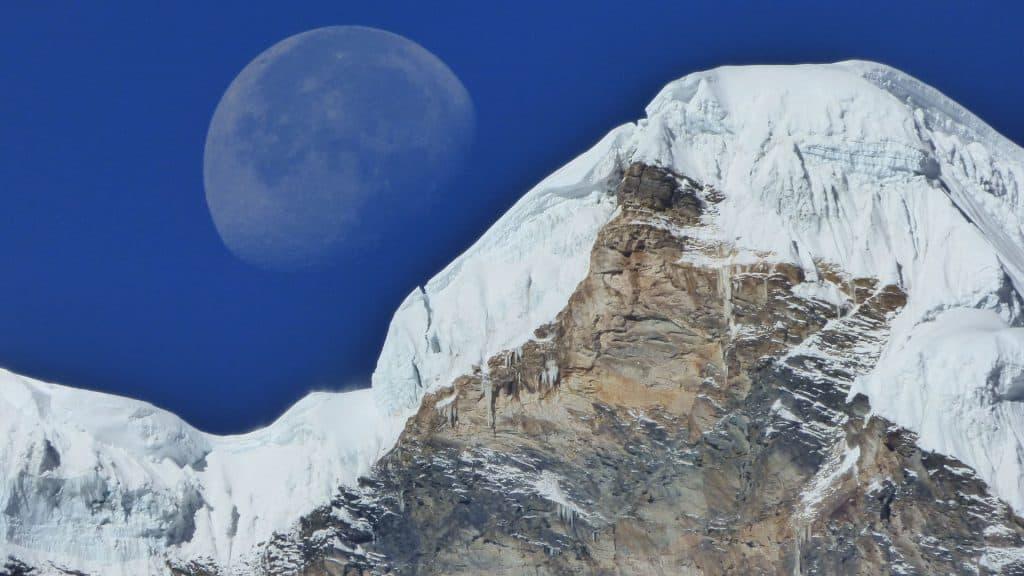 Mond über Annapurna
