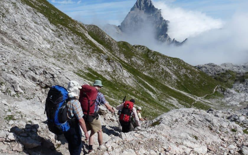 Abstieg im Gebirge