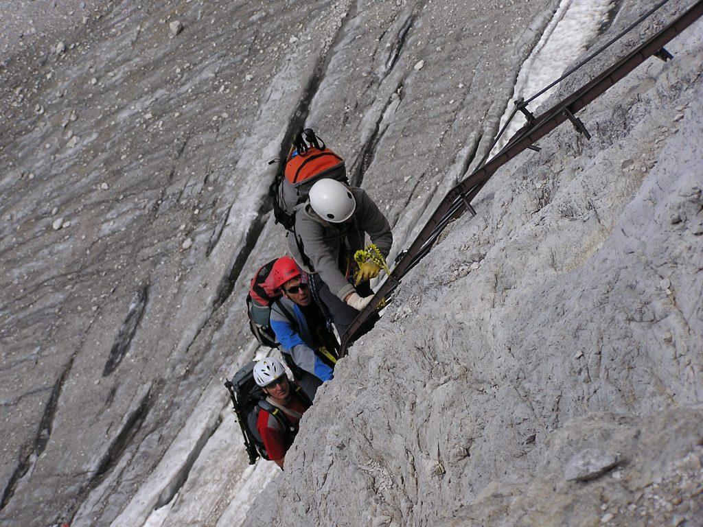 Sicher auf Klettersteigen