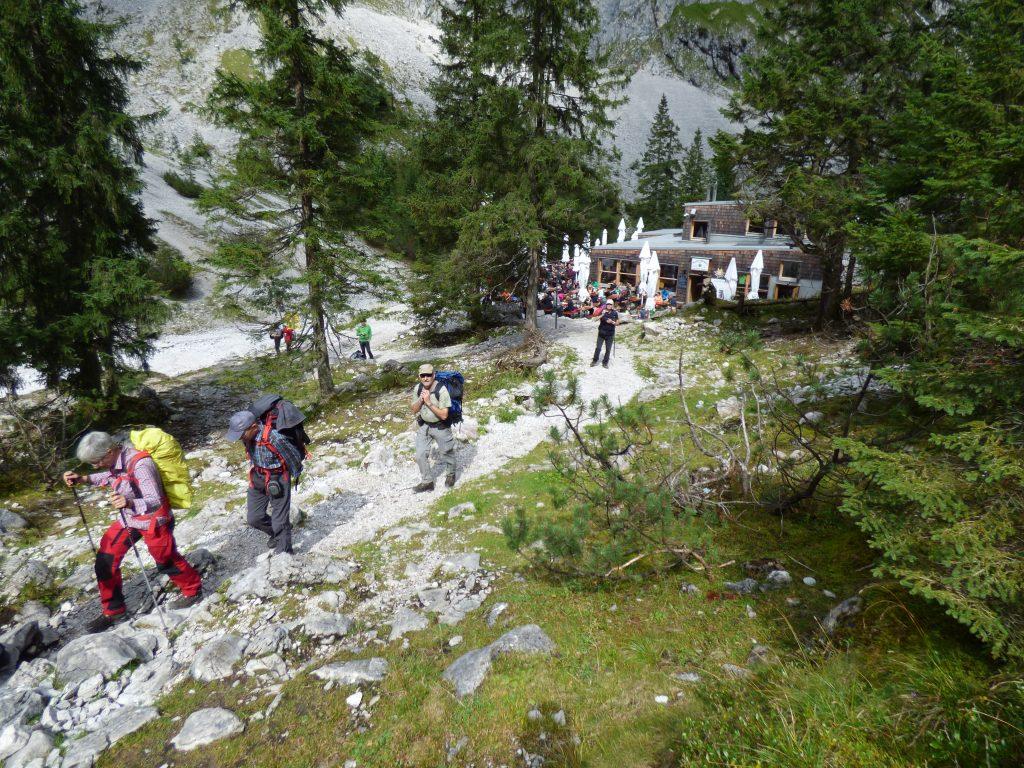 Kraftsparend und sicher gehen auf Bergpfaden: Übung macht den Meister!