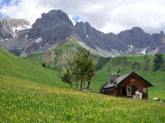 Dolomiten: Almidylle und spektakuläres Panorama